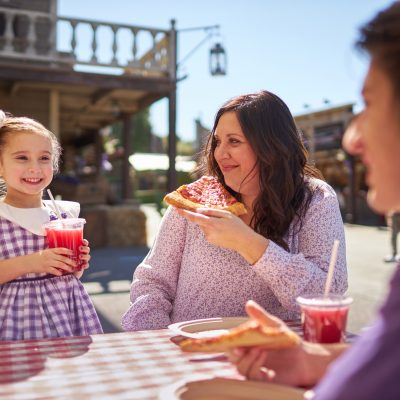 Knott's Berry Farm welcomes spring with Taste of Boysenberry Festival